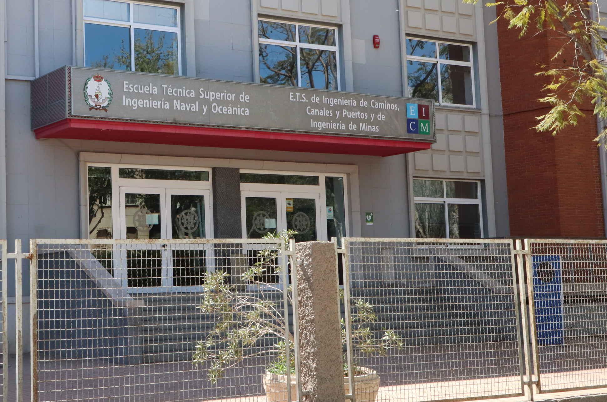 ELECCIONES A REPRESENTANTES DE ESTUDIANTES A JUNTA DE CENTRO DE EICM 2021